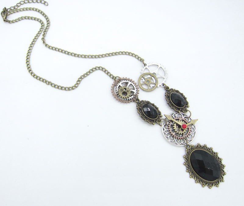 Steampunk Retro Style Black Faceted Cabs Necklace - Gemwaith