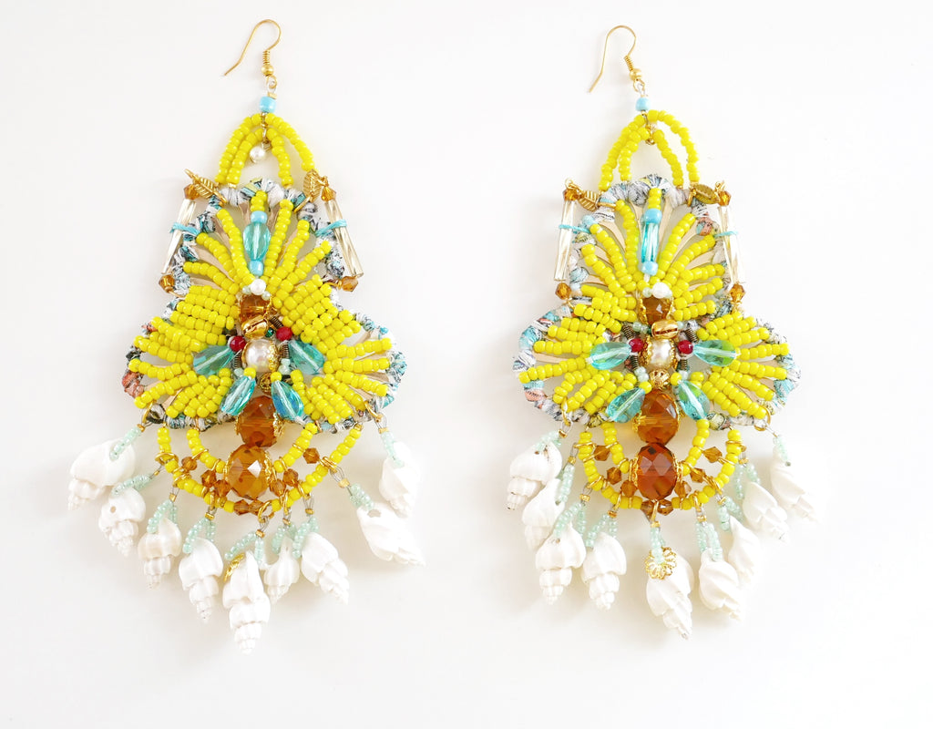 Ursum Beaded Embellished-Swarovski Crystal Shell Chandelier Earrings-Seashell Earrings-Beaded Earrings-Jewellery Designer- Milton Keynes-Beach style-Surf Jewellery