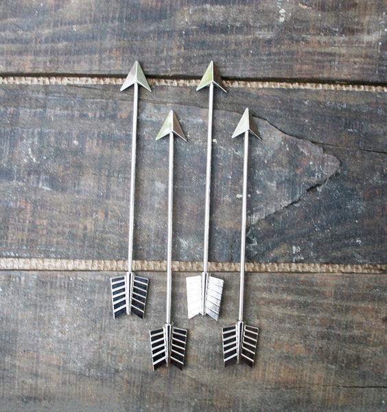 Short Metal Silver Arrow Stirrers - 4 Pc Original Hip-Stirrer Short Silver-Plated Metal Arrow Swizzle Cocktail Stirrer w/Gift Box
