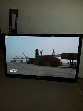 LG tv (Local pickup only)**