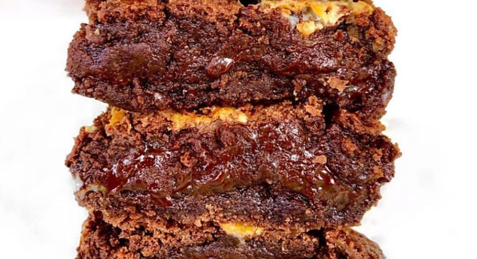 FLOURLESS PEANUT BUTTER PUMPKIN FUDGE BROWNIES