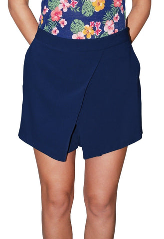Ralph Lauren Women's Angled Pleat Shorts (Navy Blue)