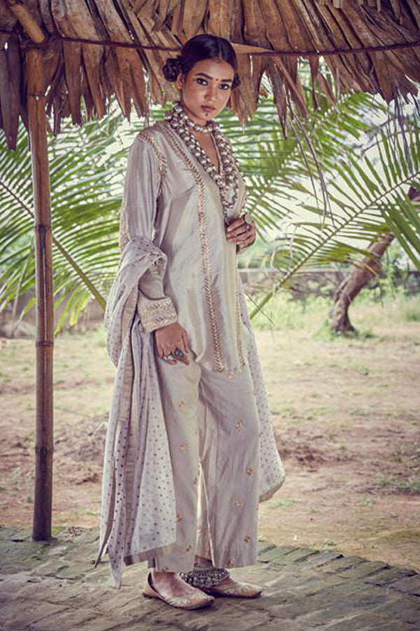 Silver grey embroidered kurta set