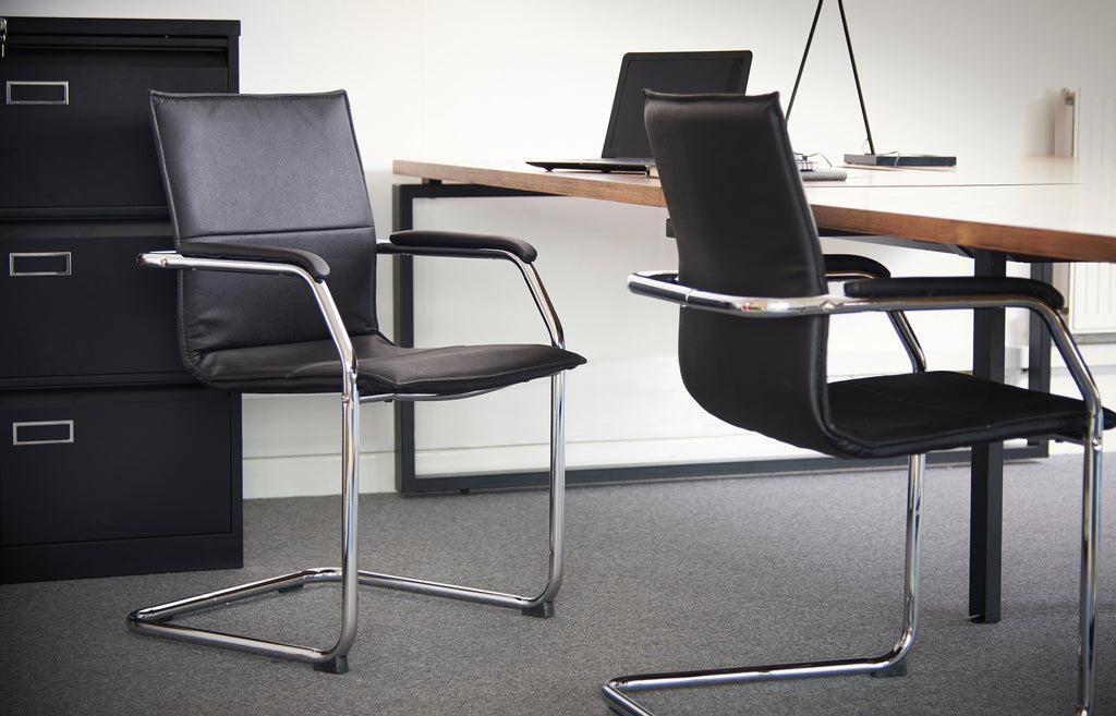 Essen Cantilever Chair - Zilo Furniture