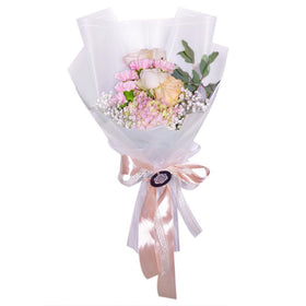 Young Romance Roses Bouquet