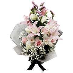 The Supreme Standing Hand Bouquet - Pastel