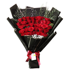 Classic Midnight Hand Bouquet - Fiery Red