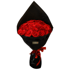 Black Pearl Classic Red Big Bouquet