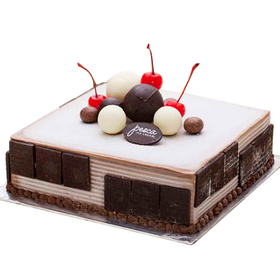 Pesca Deep Dark Choco Forest Ice Cream Cake