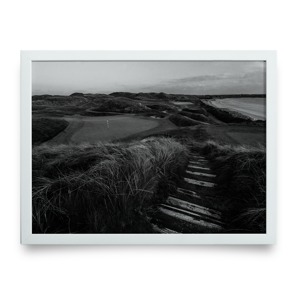 Golf Art - Black Rocks Beauty Giclée Print (White Wood Frame)