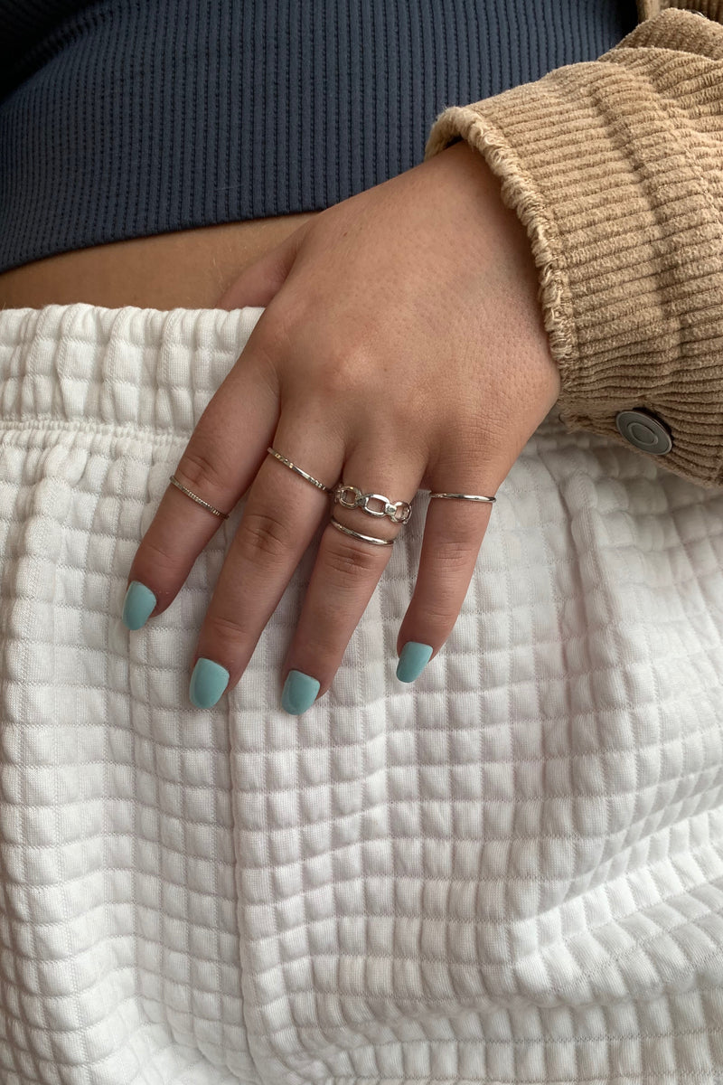 Simple Patterned Ring Set