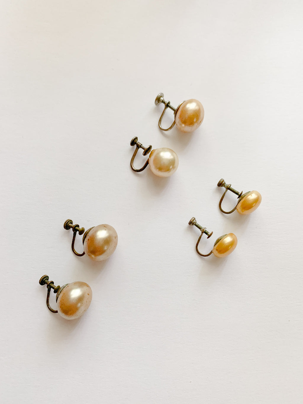 Vintage Earrings - Pearl