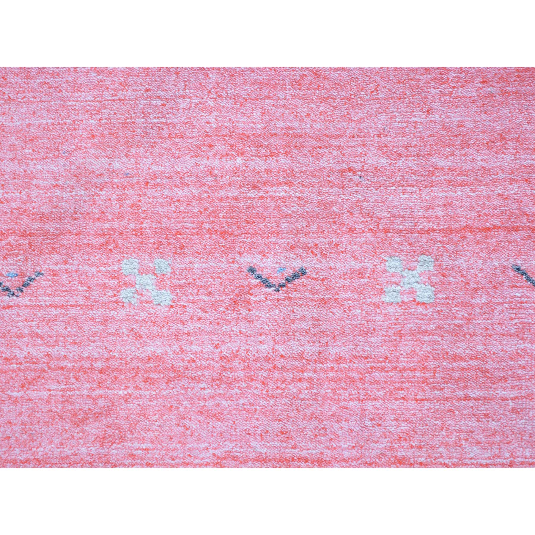 "Handmade Modern and Contemporary Runner Rug > Design# SH25641 > Size: 2'-6"" x 17'-9"" [ONLINE ONLY]"