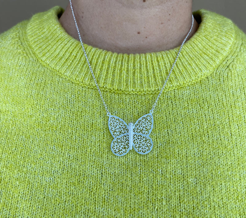 BUTTERFLY NECKLACE FILIGREE IN SILVER & GOLD