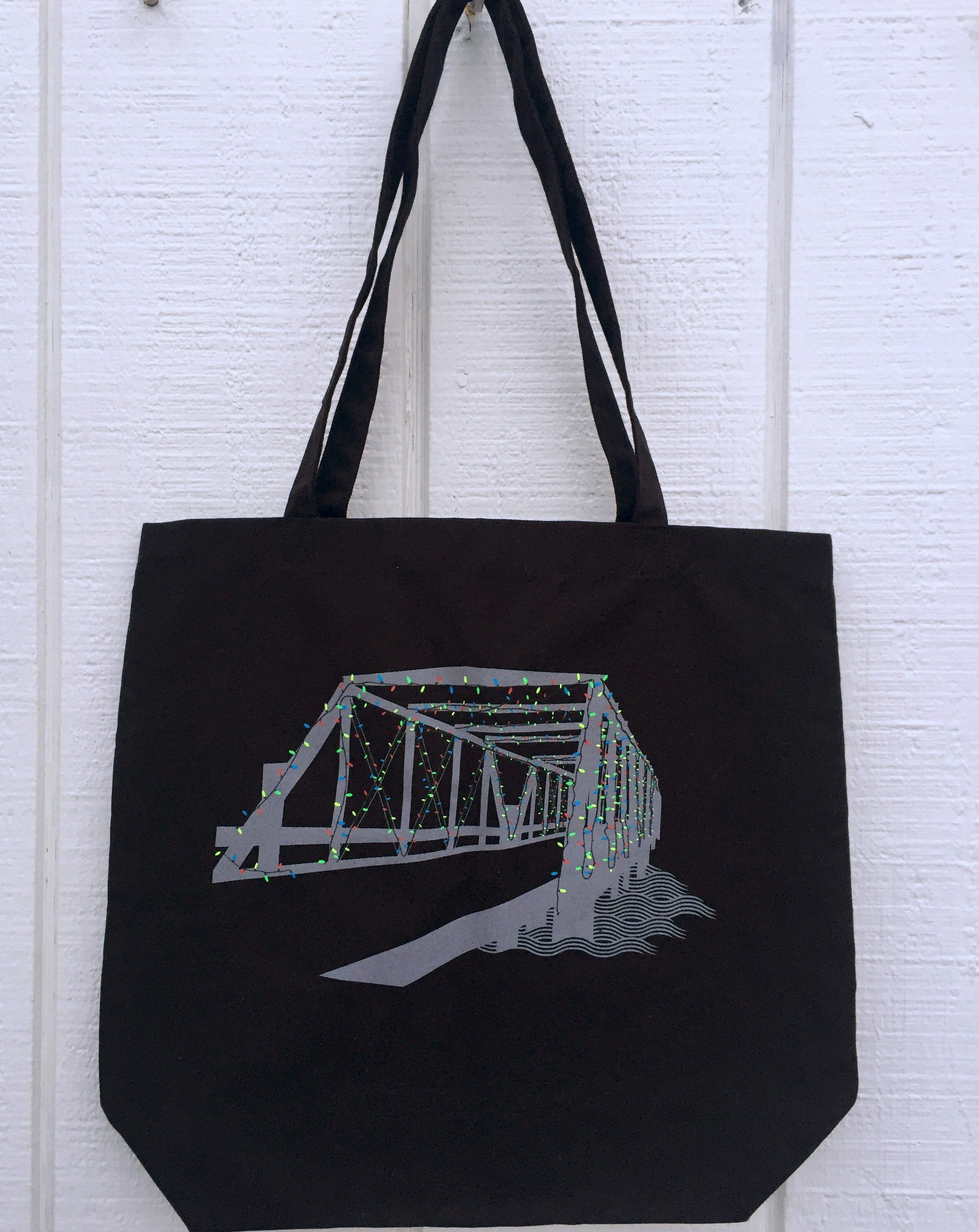 Westport Tote by Townee - Large Saugatuck Lights Tote