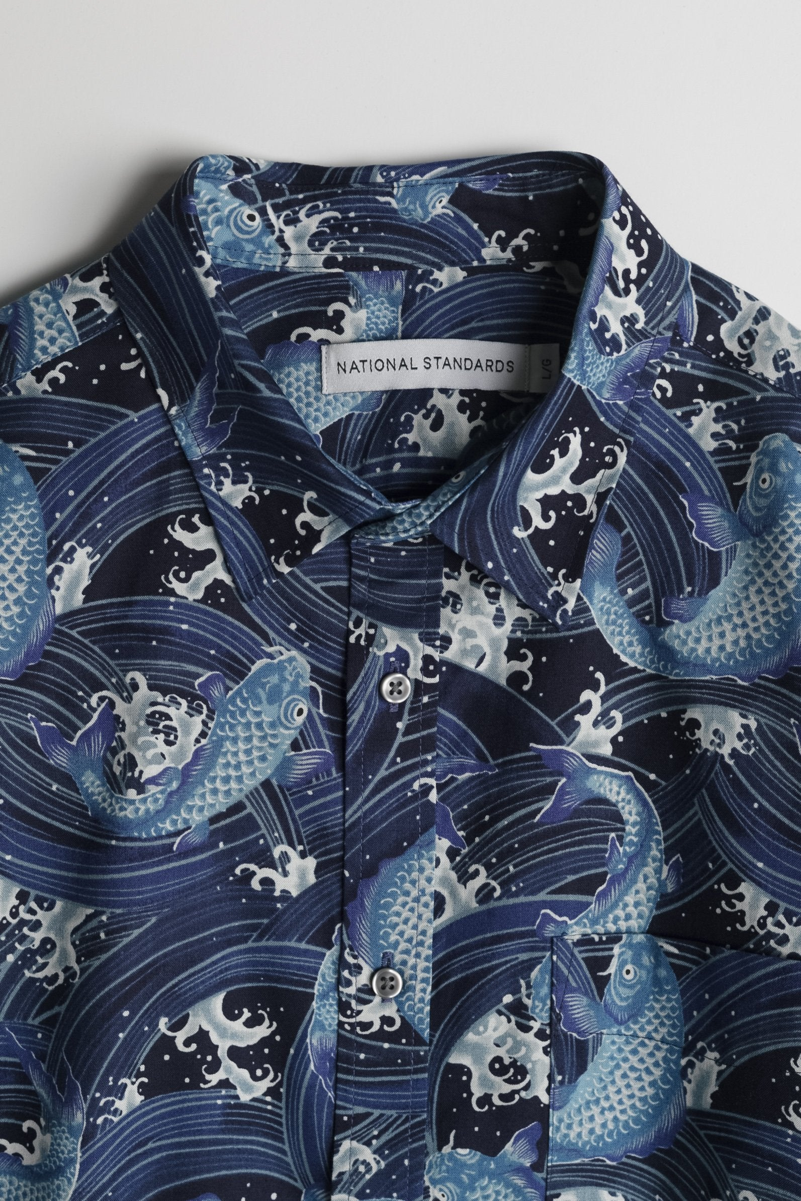 japanese-koi-print-in-navy 02