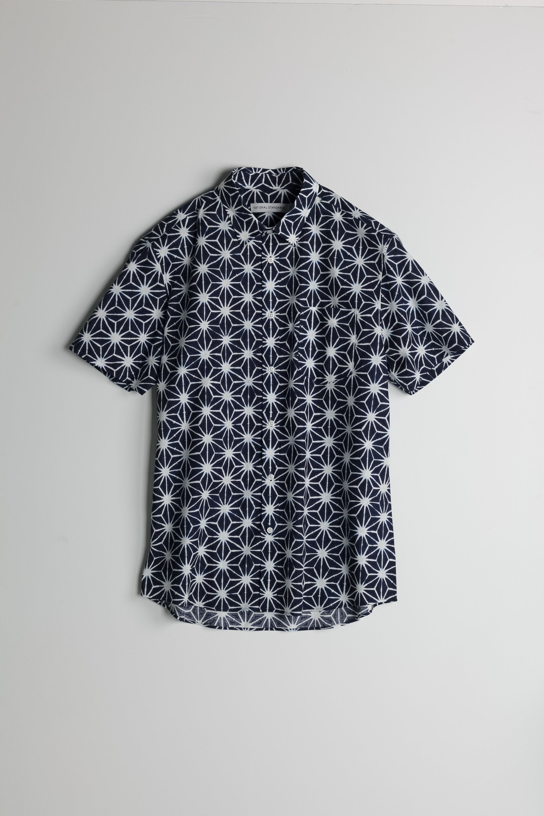 japanese-asanoha-print-in-navy-and-white 01