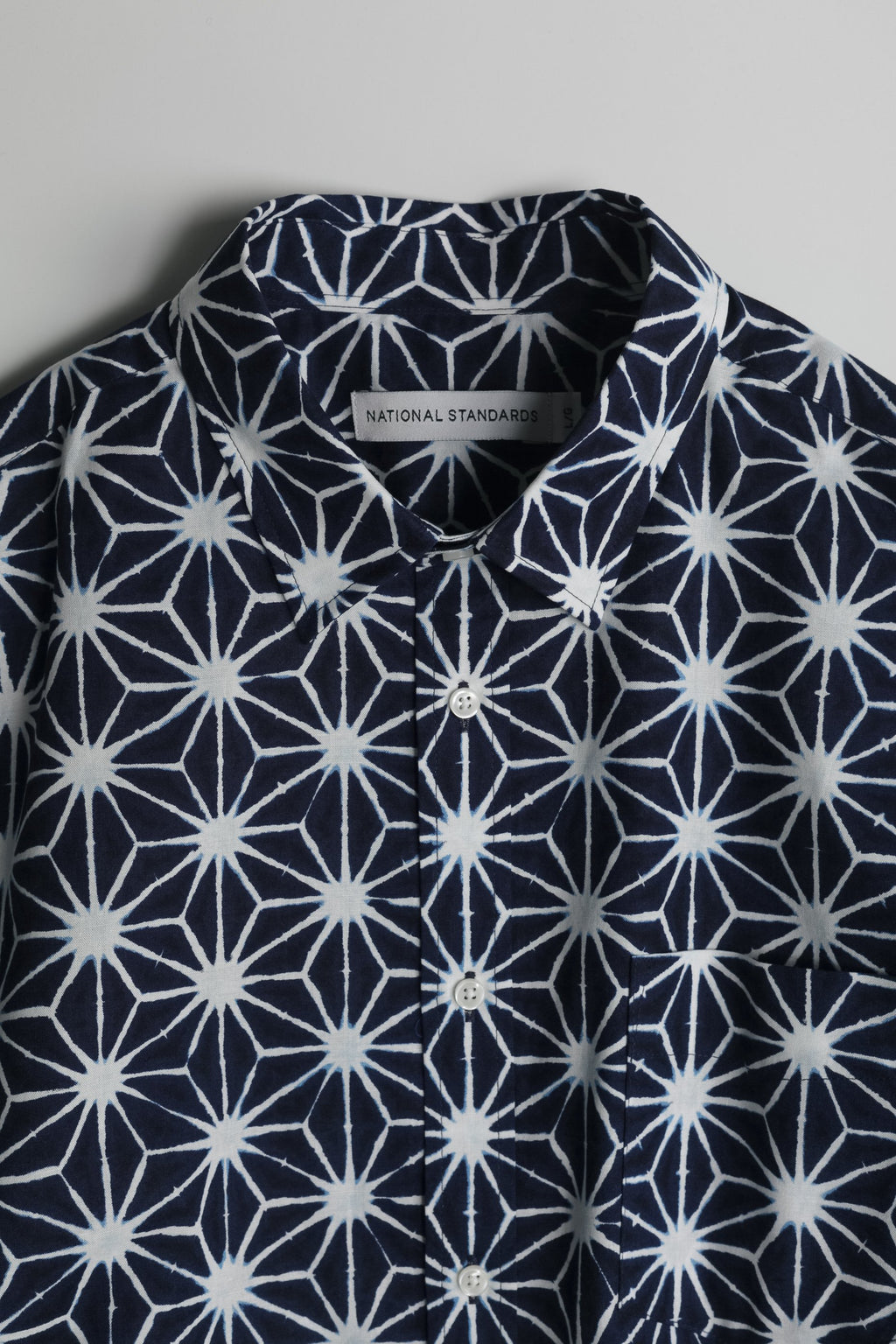 japanese-asanoha-print-in-navy-and-white 02