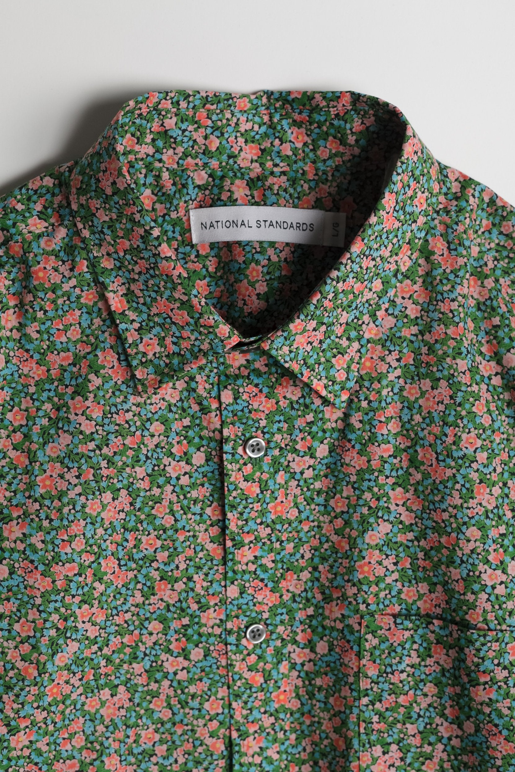 japanese-floral-print-in-green-and-papaya 02