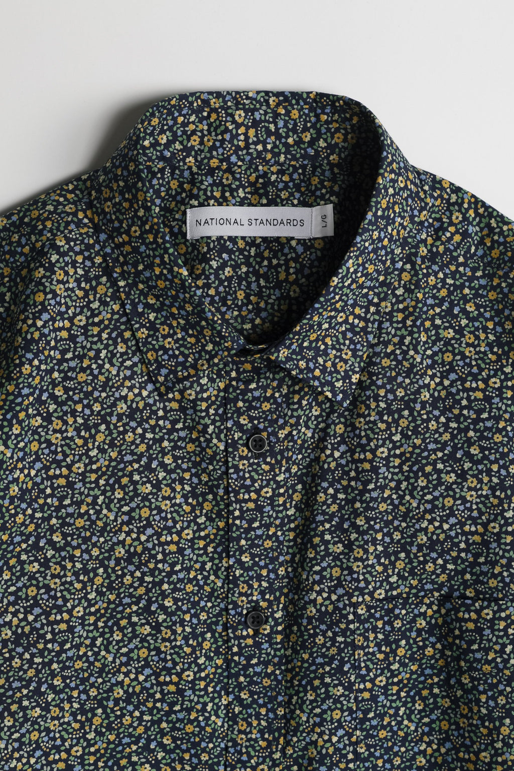 japanese-floral-print-in-navy-and-mustard 02