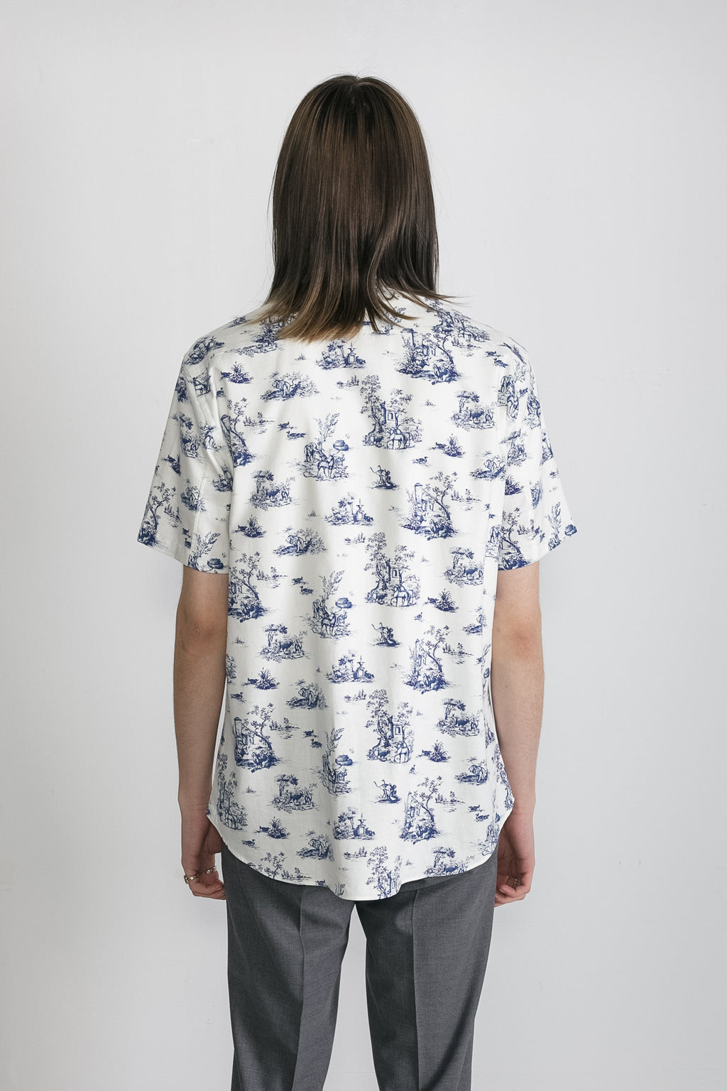 Japanese Safari Print in White and Blue 04