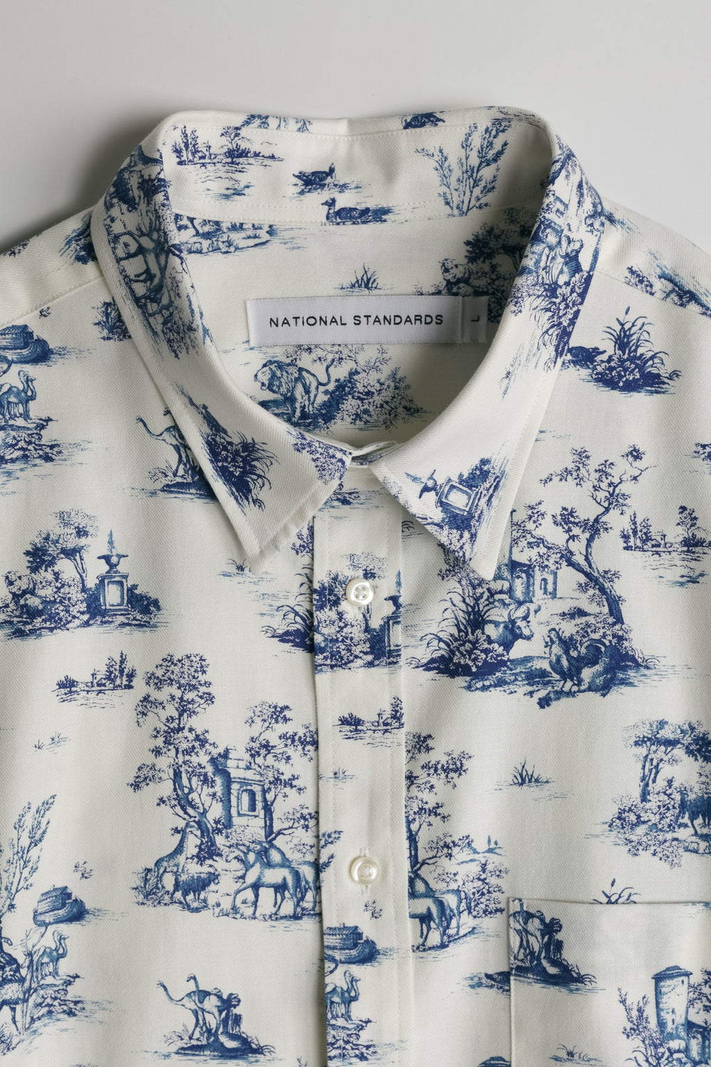 Japanese Safari Print in White and Blue 06