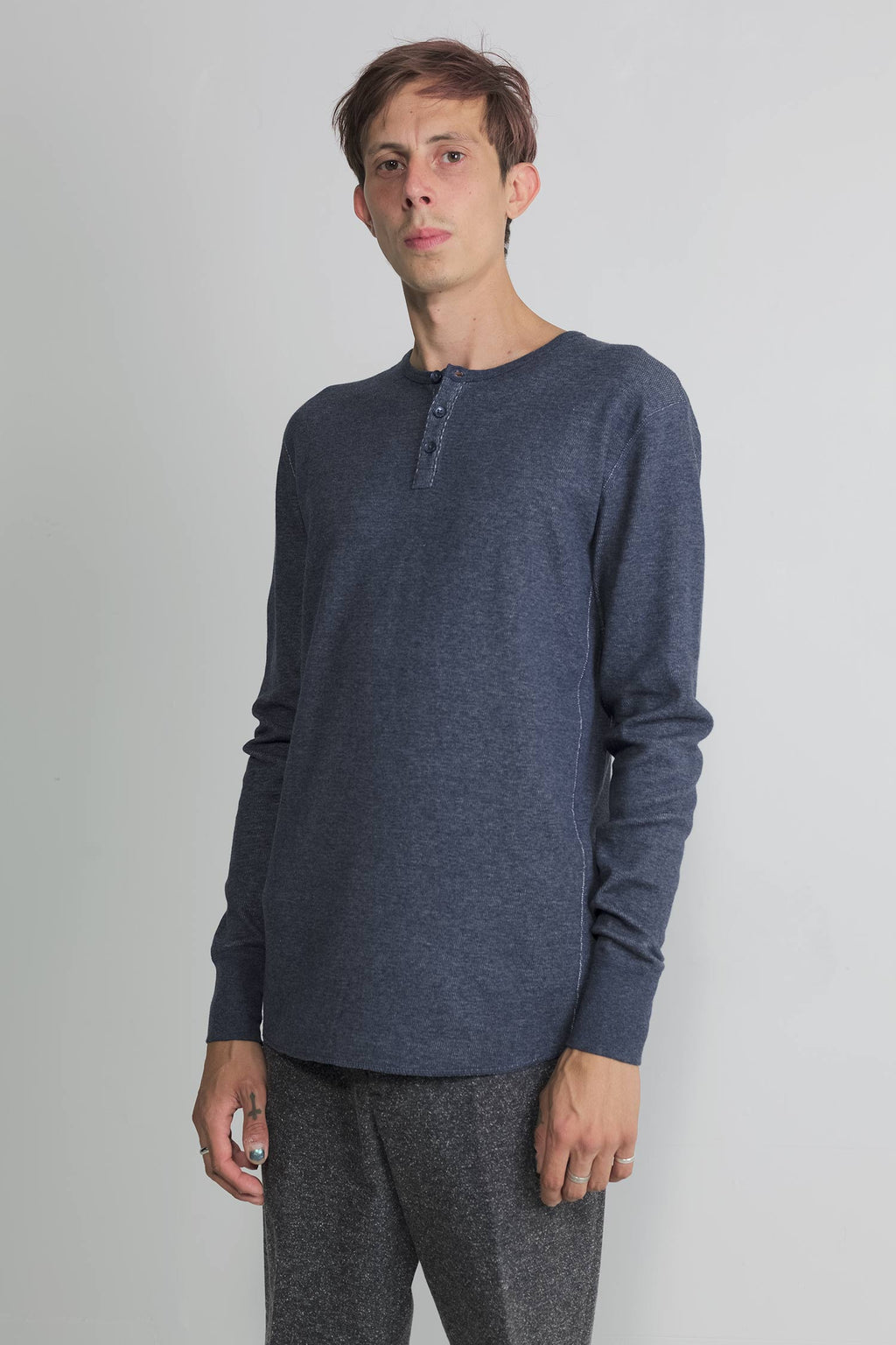 mesh thermal henley in navy 04