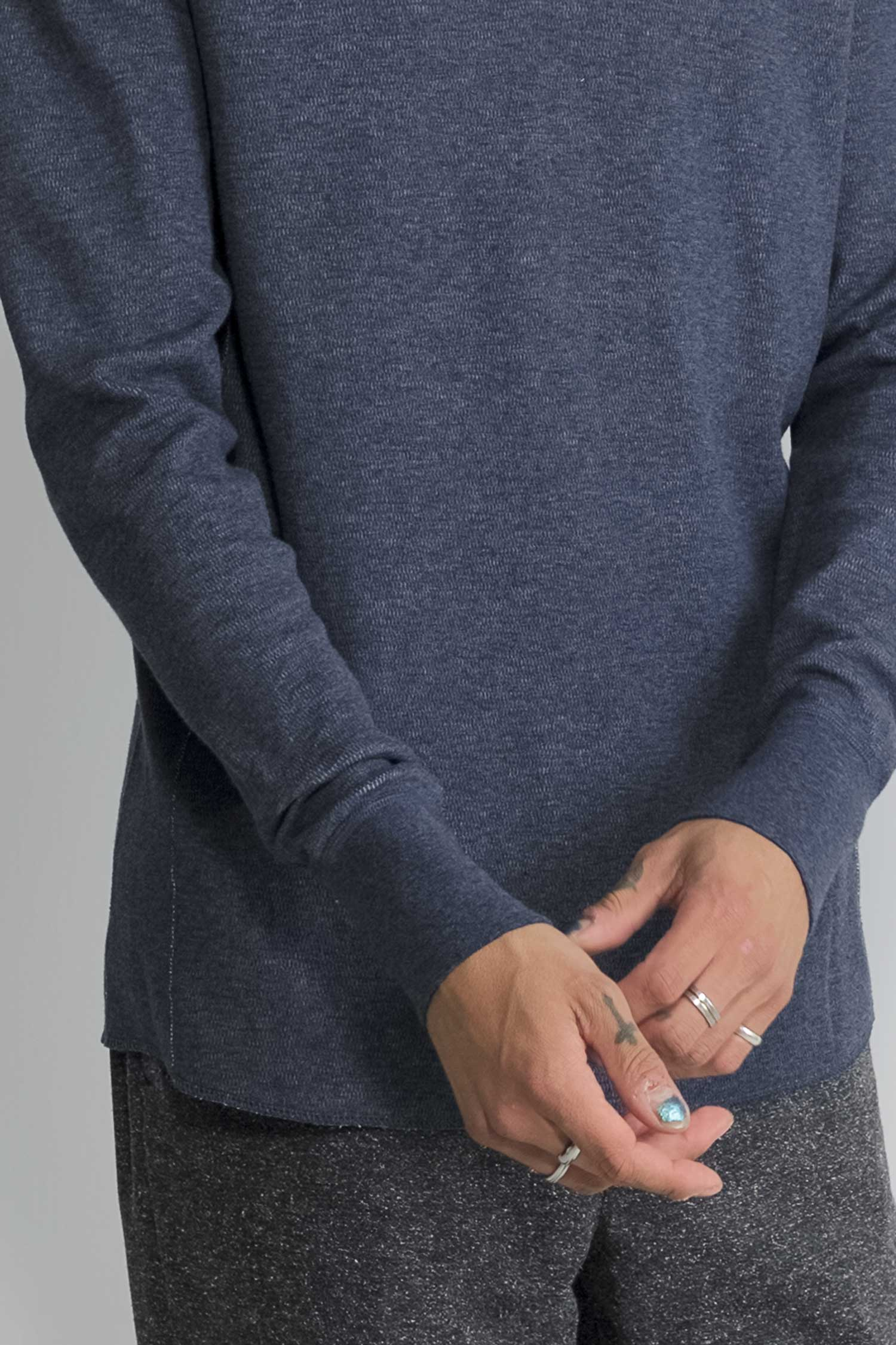 mesh thermal henley in navy 06