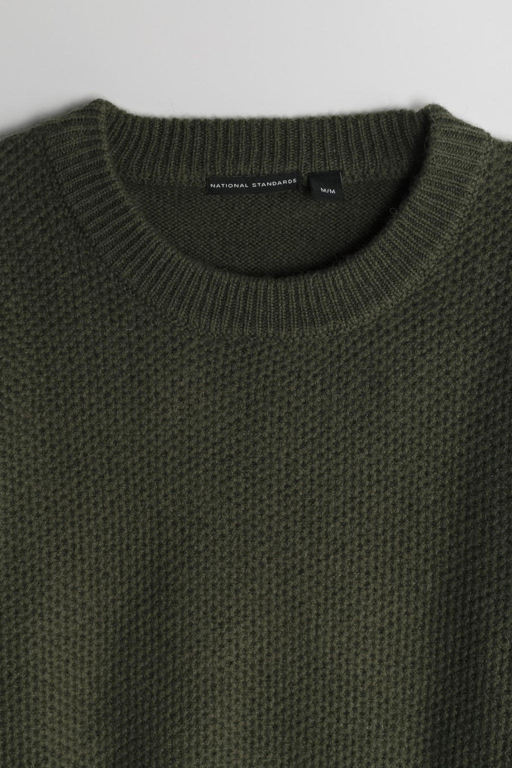 Lambswool Heavy Gauge Crew in Army Green 02