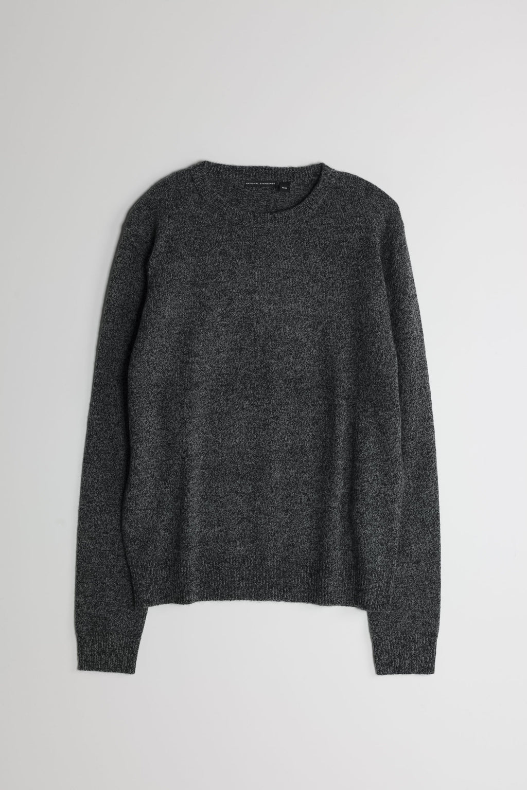 Lambswool Basic Crew in Melange Black 01