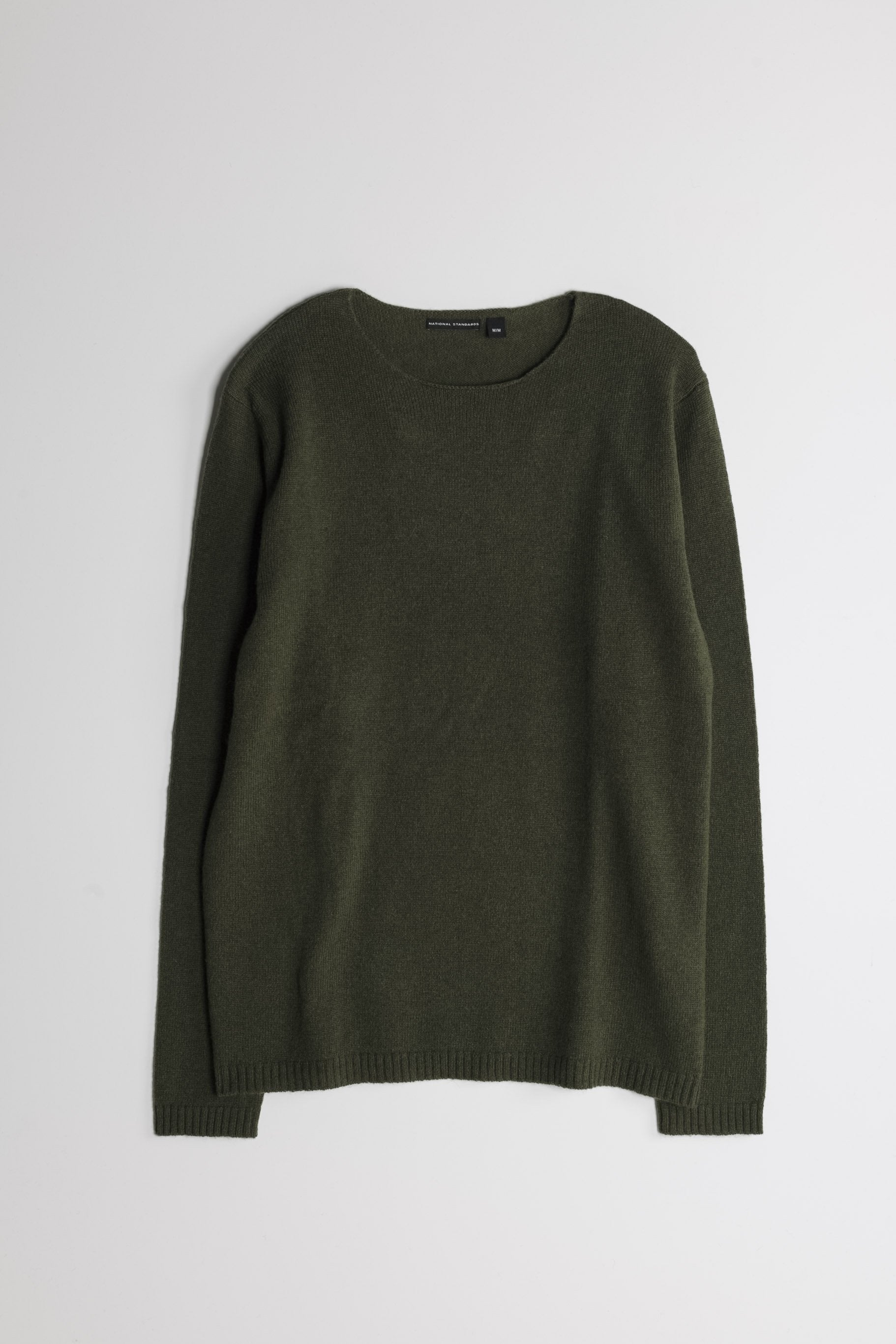 Lambswool Wide Neck in Army Green 01