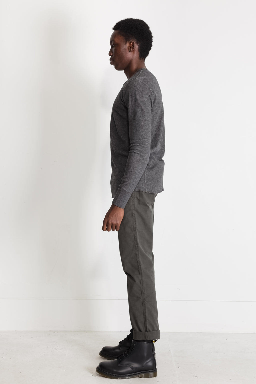 mesh thermal henley in melange charcoal 04