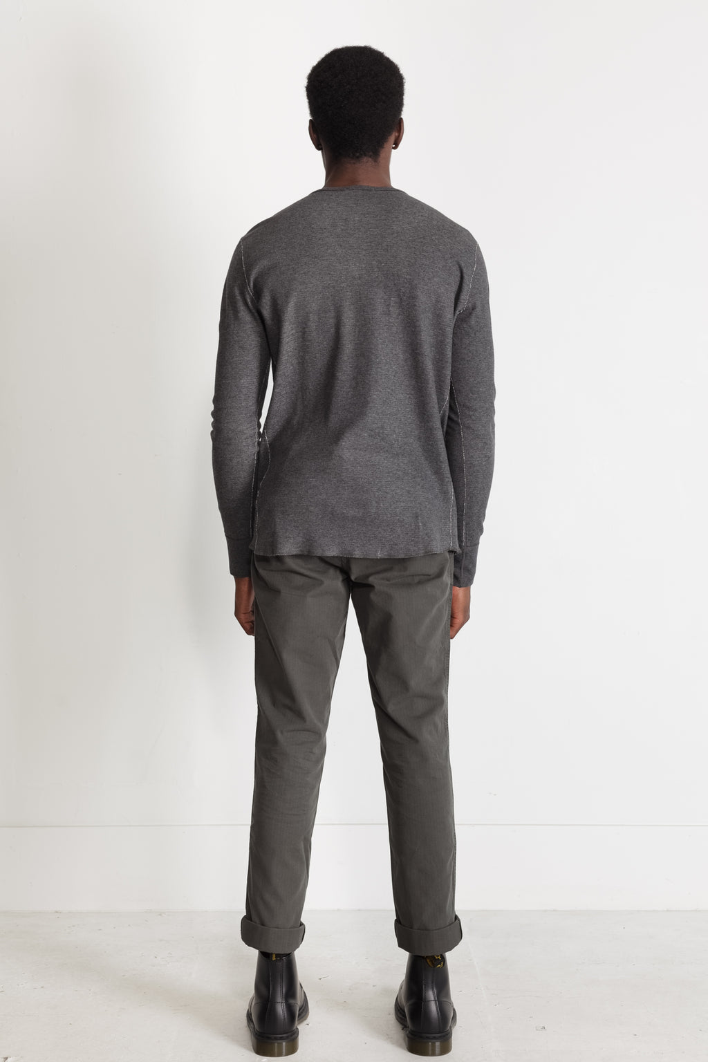 mesh thermal henley in melange charcoal 05