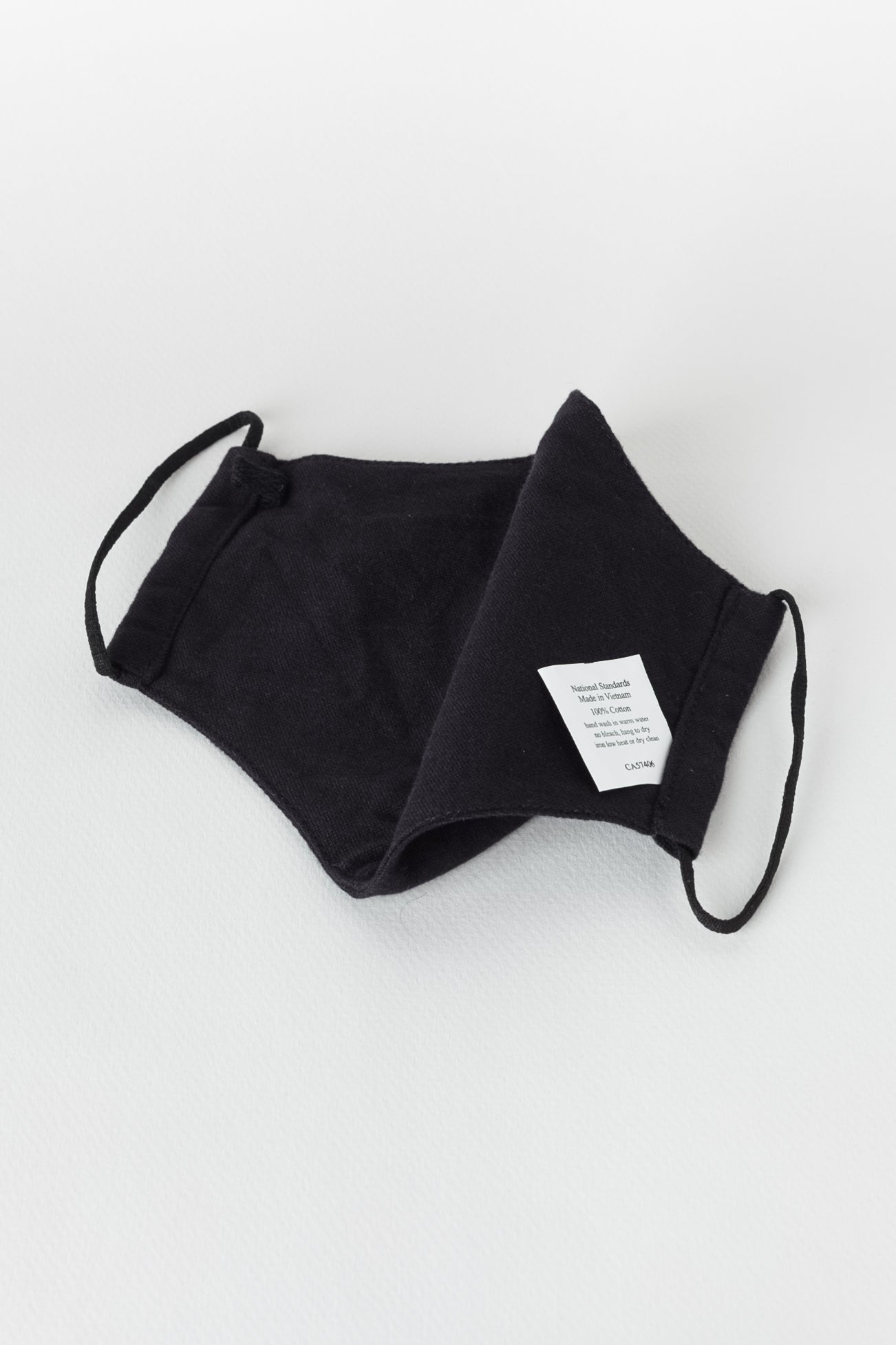 Japanese Brushed Oxford face mask in Black 01