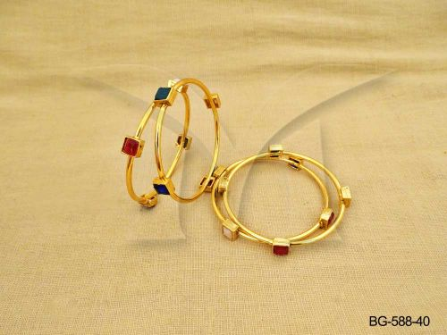 Ruby Green Stones Cube Cornered Single String Bangles Set of 2