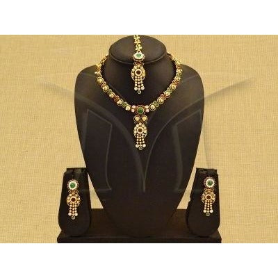 Beautiful Kemp Jewellery Necklace and drop Earrings with nethichutti - maang tikka