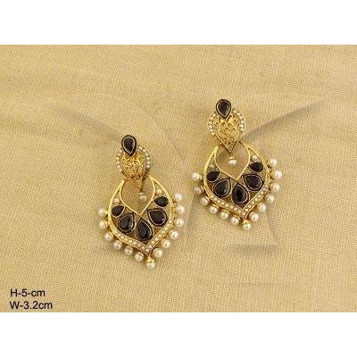 Chandbali Earrings with Kundan stones and pearls