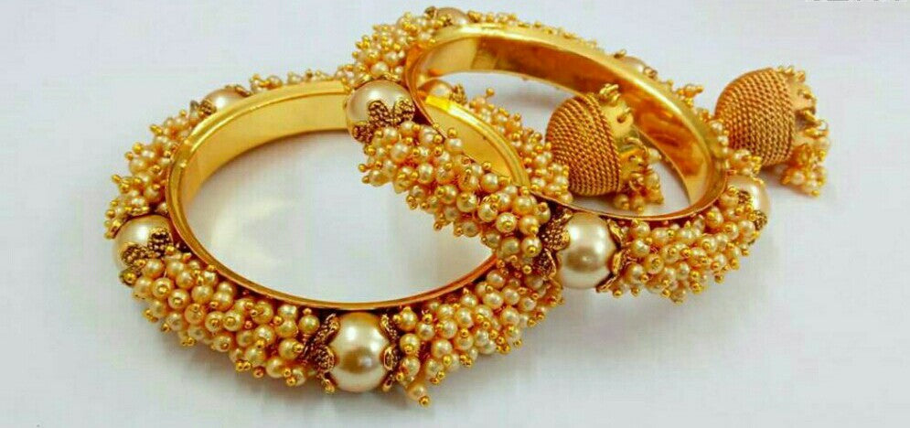 (RESERVED) Bangles with gungru and jhumka