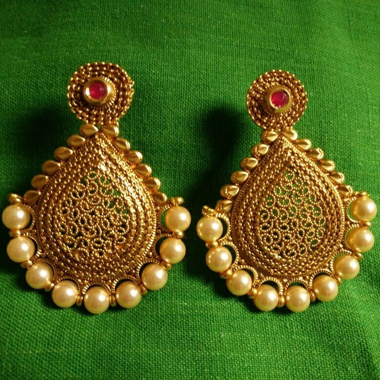 Big Pan Shaped Earrings with Pearl Beads