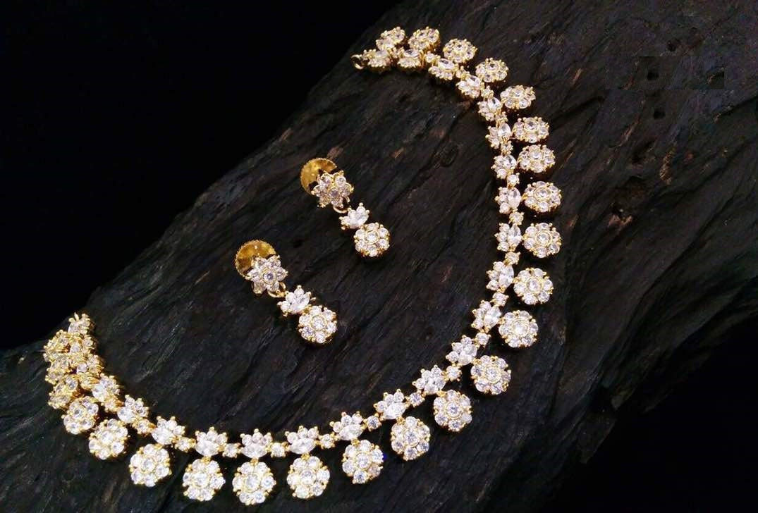 [RESERVED] Trendy White Cubic Zirconia Flower Necklace With Drop Earrings
