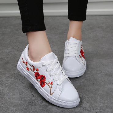 Lace-Up Flower Embroidery Shoes