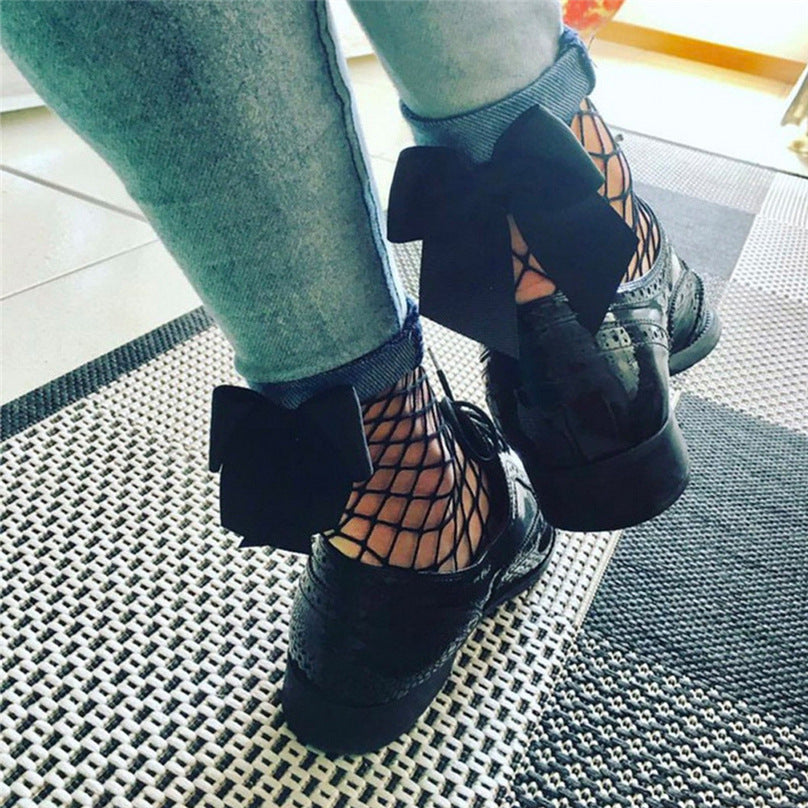 Fishnet Ankle High Bow Tie Socks