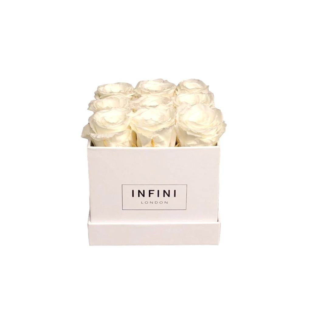 The Classic Cube - INFINI roses that last a year