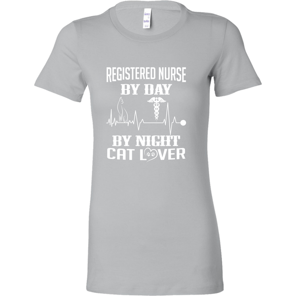 T-shirt - Registered Nurse By Day, Cat Lover By Night - Women's Crewneck