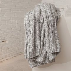 Sven Oversized Grey Throw