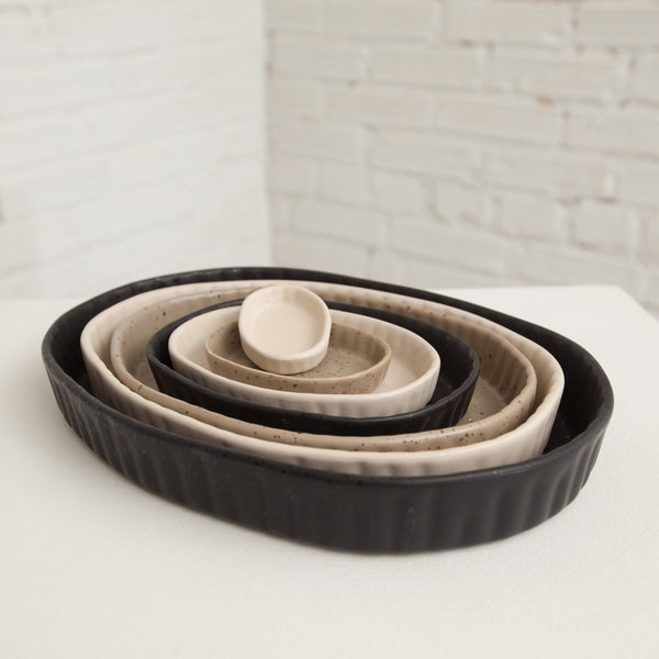 Stoneware Nesting Dishes