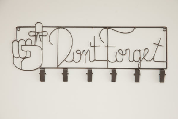 """Don't Forget"" Wire Hanging Sign"