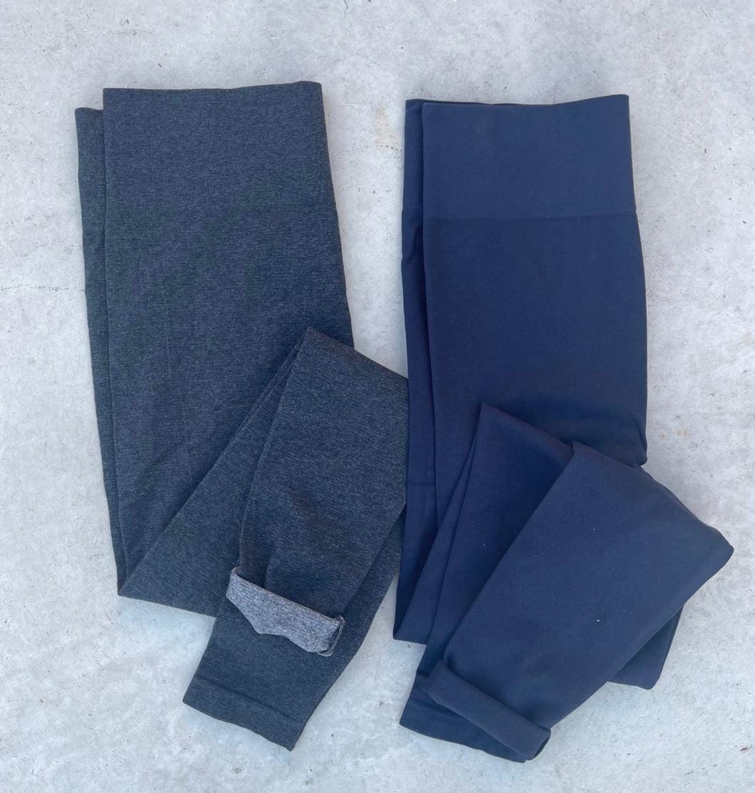 Must have compressed leggings PLUS size (navy)