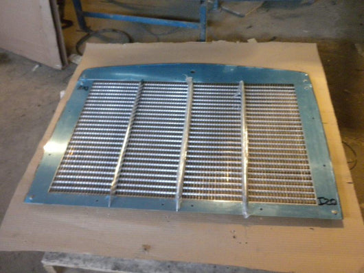 Kenworth T800 Grille Assembly