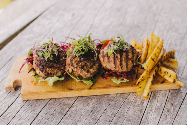 Lettuce Cup Burgers with Veggie Chips Recipe